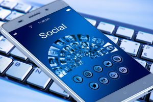 Social Networking Provide Users With  Misleading Medical Information